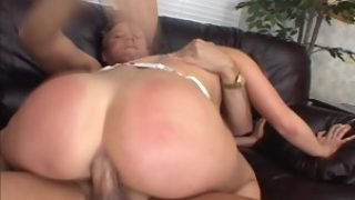 Lady Squirts Out Of Her Pussy After Good Fucking