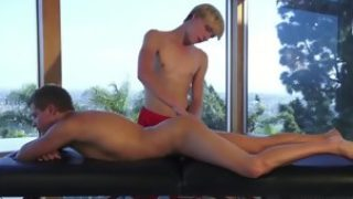 Brunette twinks oral sex with massage