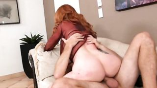 Redhead latina showing nice solo tricks with her new toy